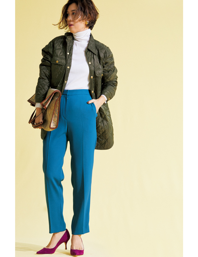 マディソンブルーのキルティングジャケットコーデの大草直子さん