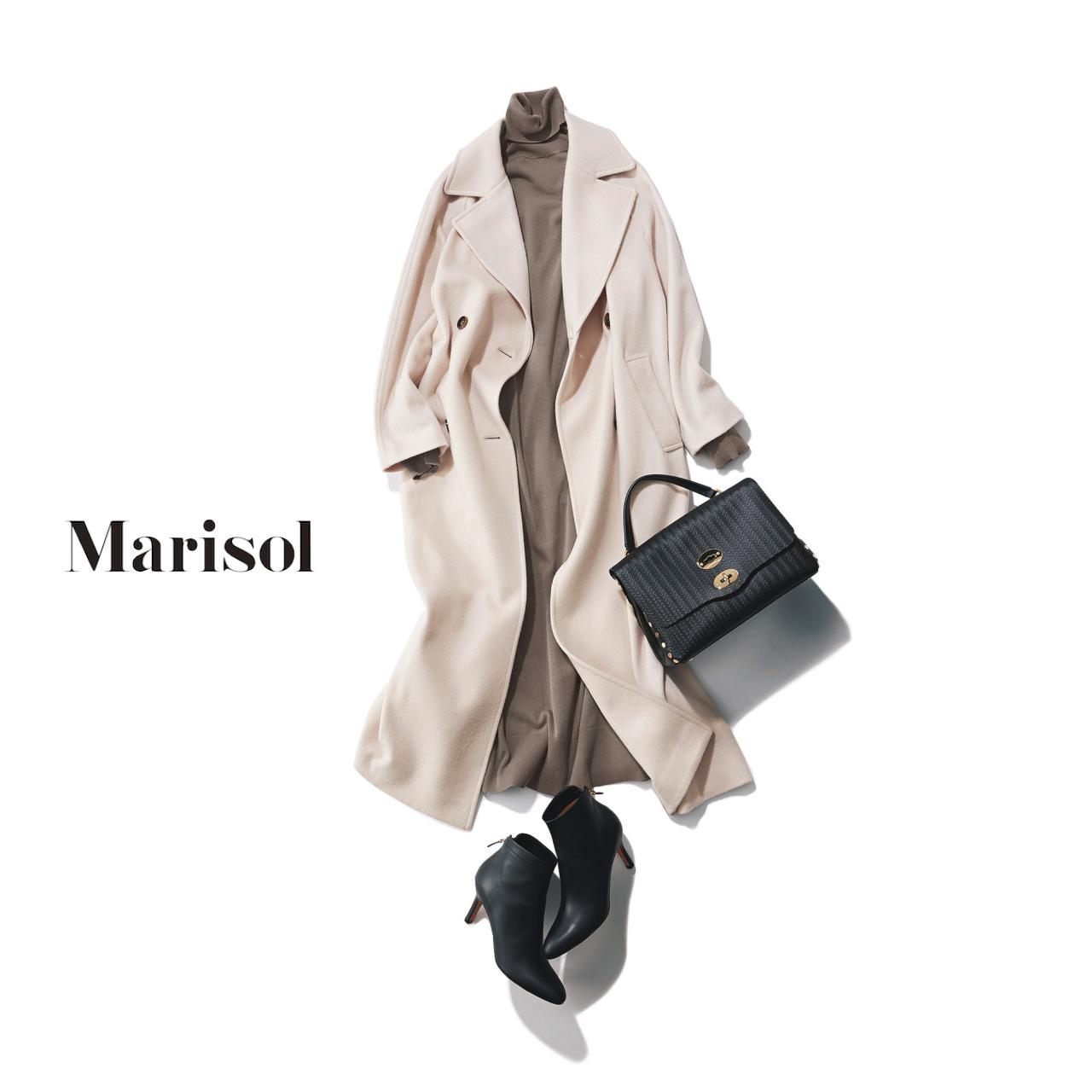 40代ファッション 白コート×モカニットワンピースコーデ