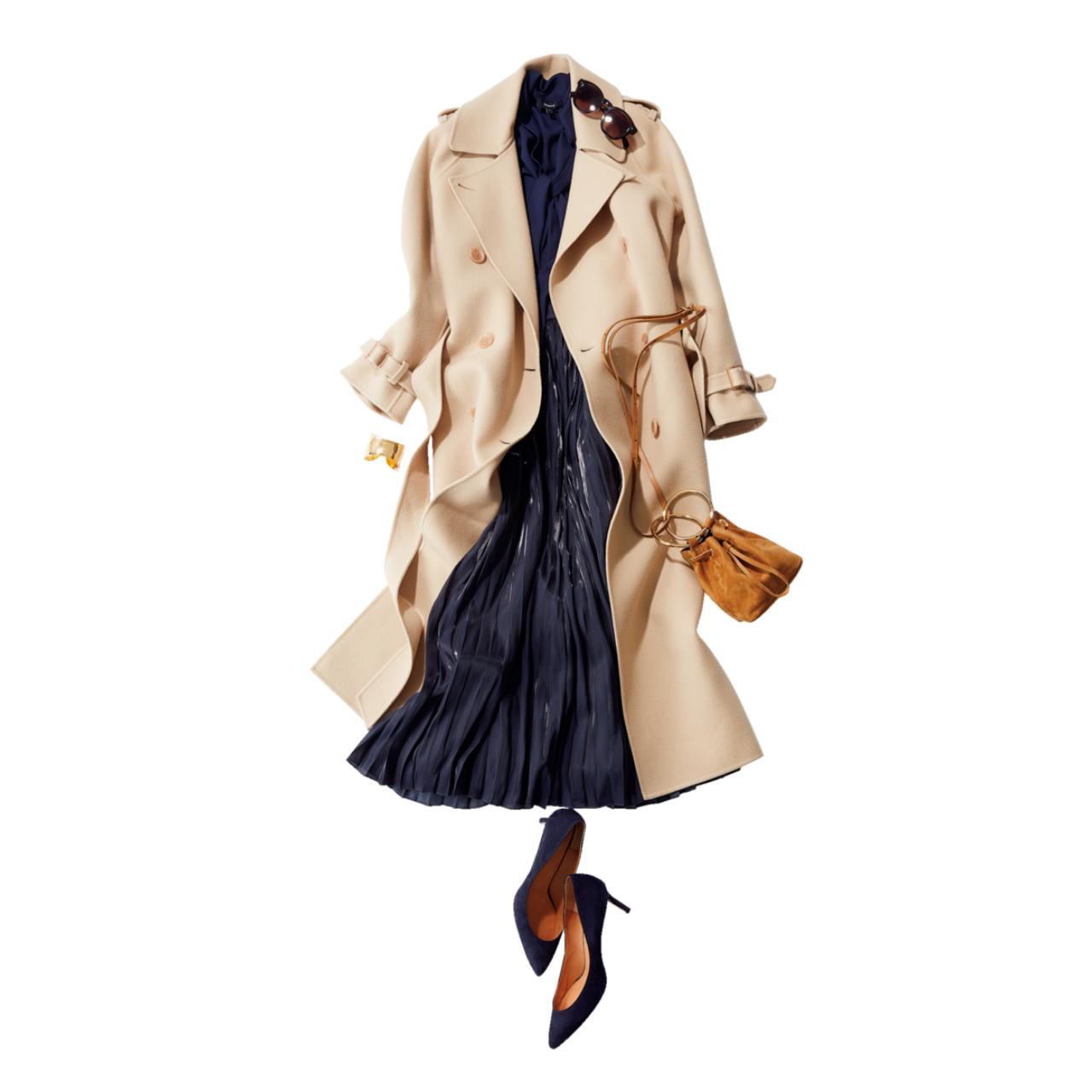 ベージュのトレンチコート×ボウタイブラウス&プリーツスカートのファッションコーデ