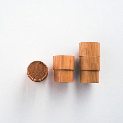 普通でありながら普遍的なその形を木で再現 Holz「kasane kop」_1_1