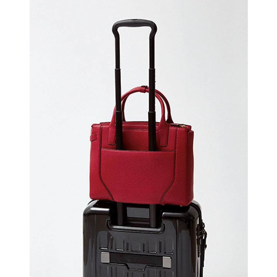 TUMIのお仕事バッグ背部