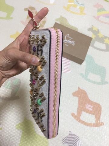 「小さいお財布」から卒業を決意した、一目惚れルブタンの長財布!_1_2-2