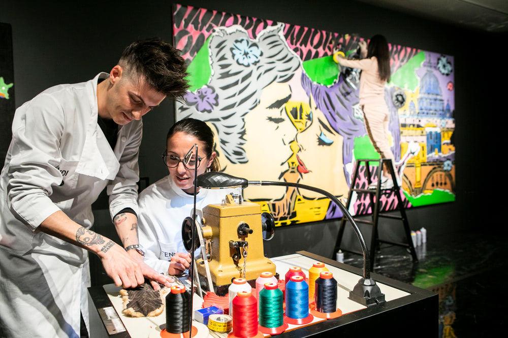 ファーの職人技とグラフィティアートの融合を試みた「FENDI CraFF」展の様子