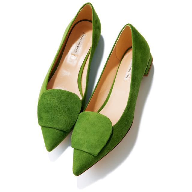 【50代の2020春靴まとめ】ヒールなしでも脚すっきり!ポインテッド&フラット靴のススメ_1_6
