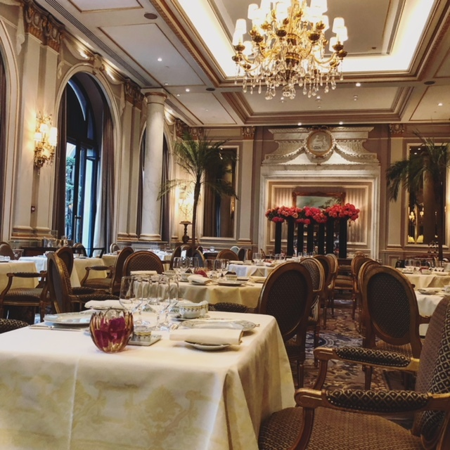 パリでとっておきの朝食をいただけるのはこちら。_1_2