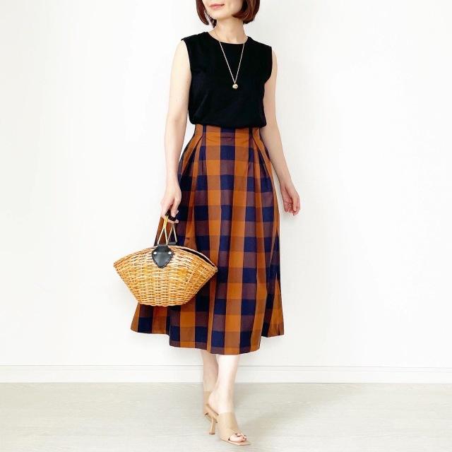 夏から秋まで!長く着られるスカート【tomomiyuコーデ】_1_4