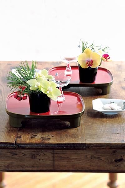 格式と優美さを添える花を 並木容子さんから学ぶクリスマスとお正月の花あしらい_1_1-4