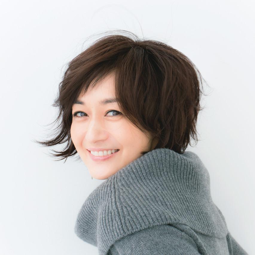 富岡佳子 黒