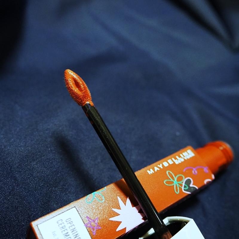メイベリンのSPステイマットインクのチップは液含みがいいので塗りやすい