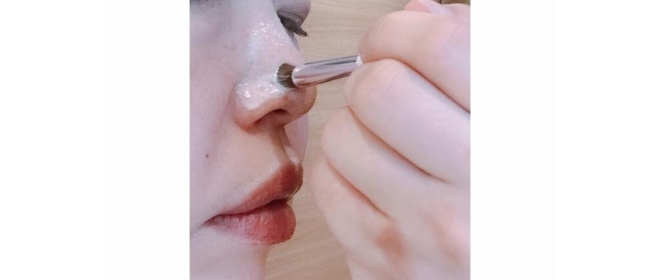 鼻エステのファーストステップは丁寧なクレンジング