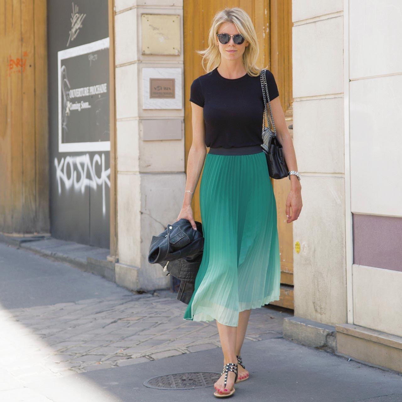 海外ファッションスナップ プリーツスカートコーデ1
