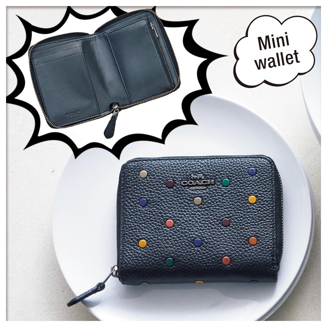 official photos fbd30 d7e07 コーチのミニ財布は、思ったより入る! 機能的で収納力たっぷり ...