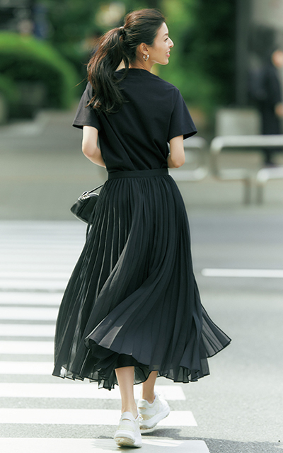 ボリュームスカート 黒 ebure