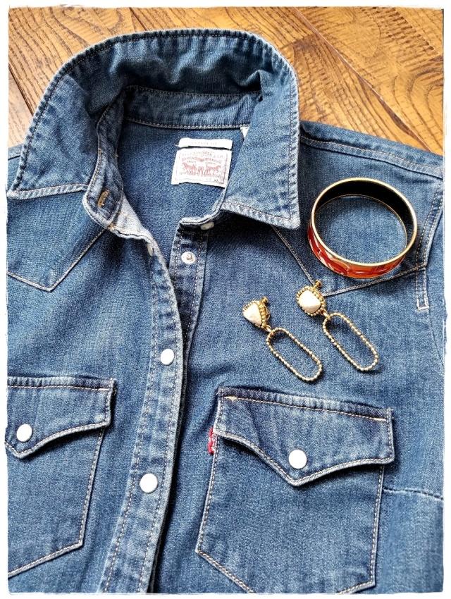 オールシーズン使えるブルーのデニムシャツは「フランク&アイリーン」を購入♪_1_3