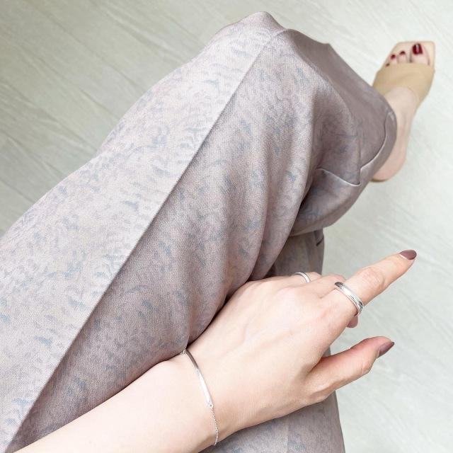 脚が抜群に長く綺麗に見えるパンツ!【tomomiyuコーデ】_1_4
