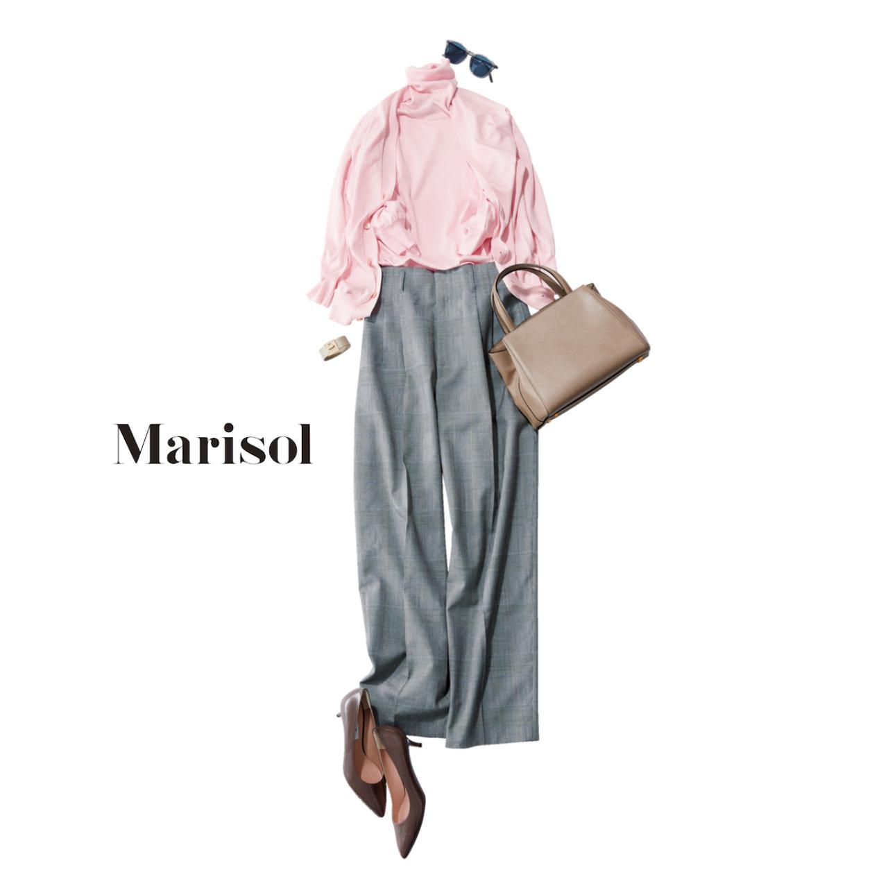 ファッション ピンクのツインニット×グレーパンツコーデ