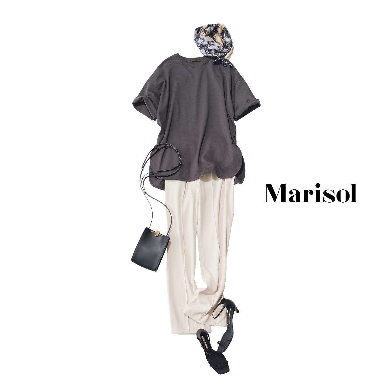 40代ファッション   Tシャツ×パンツ×サンダルコーデ