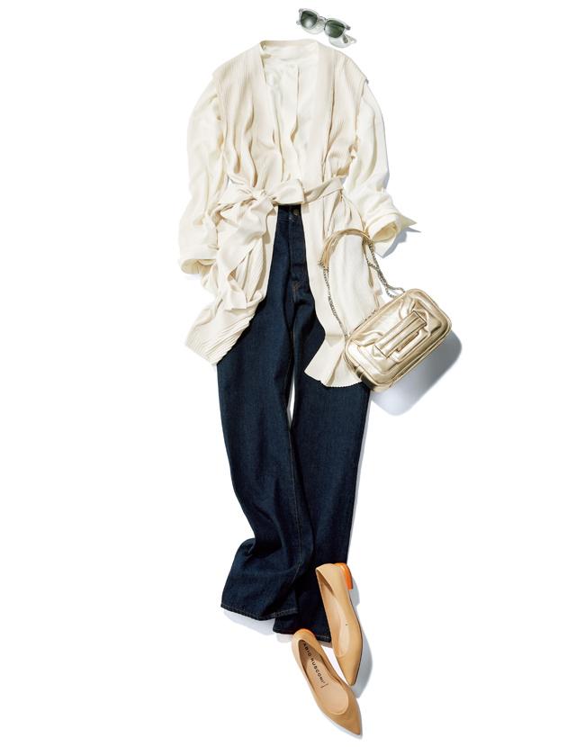 """【50代をきれいに見せるデニムコーデ】""""きれいめフラット靴""""を選ぶだけで洗練デニムスタイルに!"""