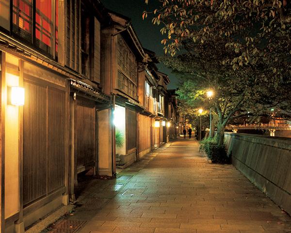 食後には風情ある街並みを楽しめる! 富山湾の魚が評判の『鮨 木場谷』_1_1-4