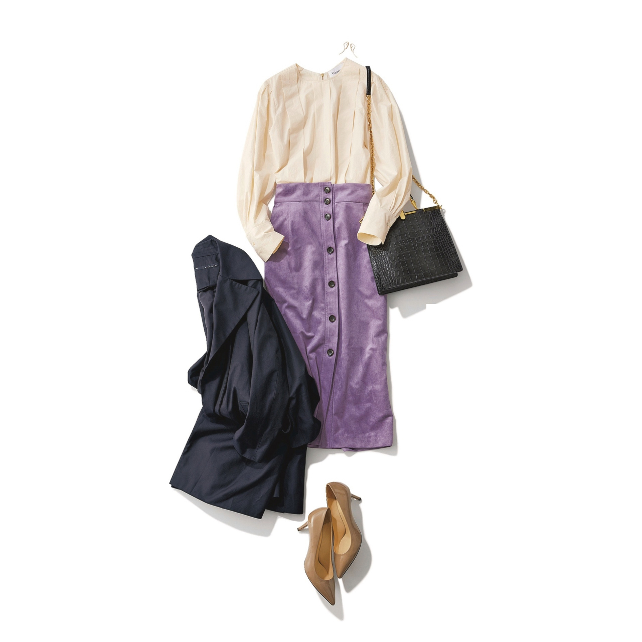 パープルのスカート×オフホワイトブラウスのファッションコーデ