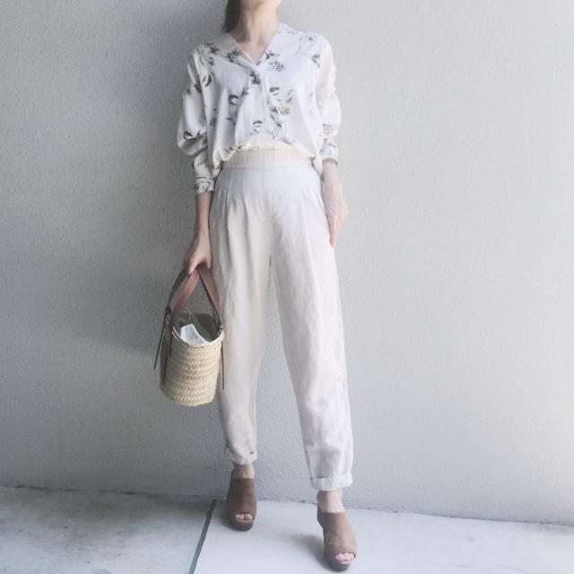 今選びたいのは、夏まで穿ける心地よい「リラックスパンツ」_1_2