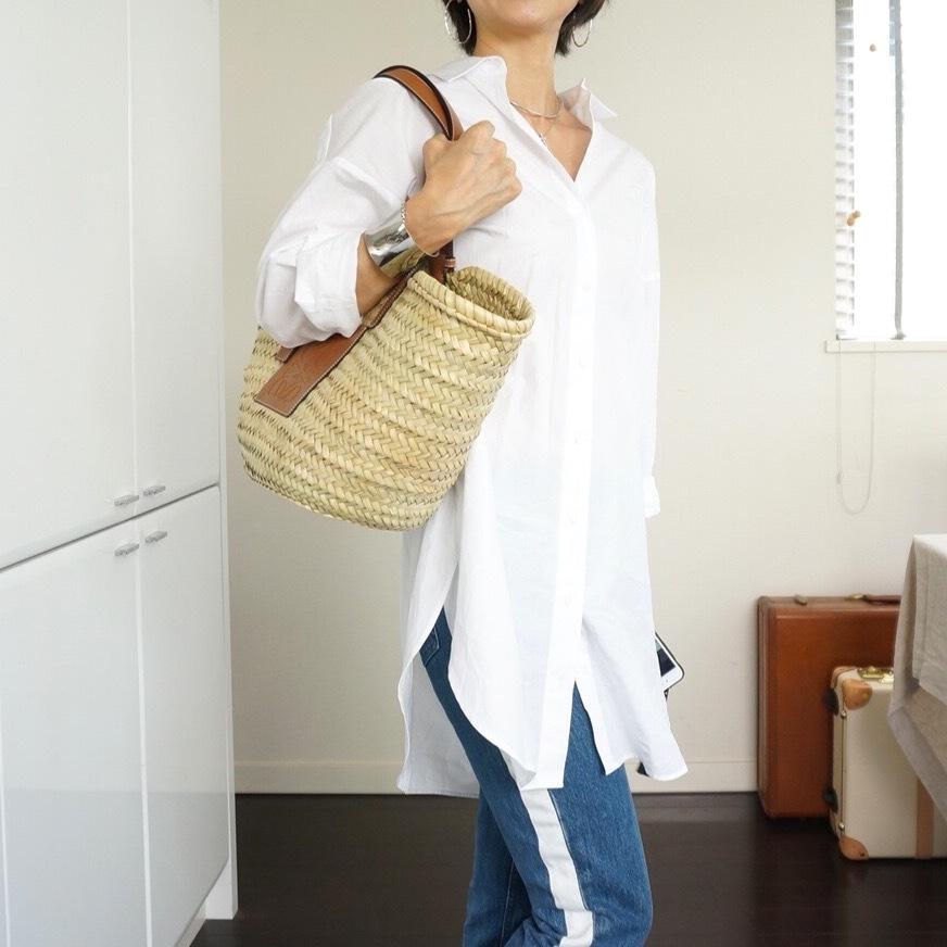 ふんわり&ゆったりで選んだ大人リゾートな白シャツ_1_2