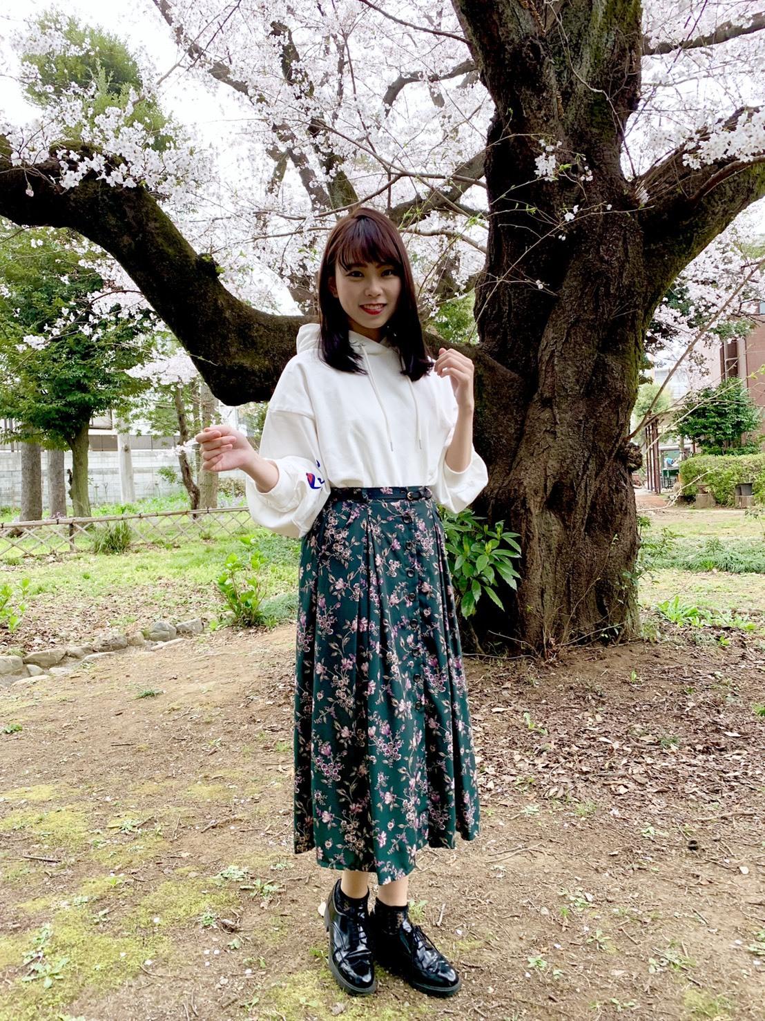 江野沢愛美さんがオススメするChampionの白パーカー買っちゃいました。_1_5