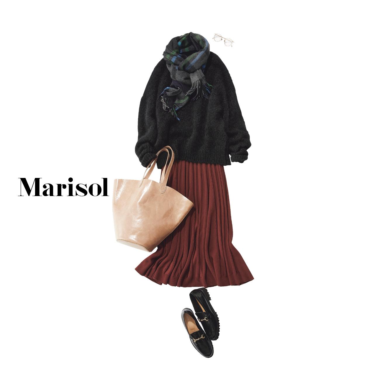 40代ファッション  黒ニット×ボルドープリーツスカートコーデ