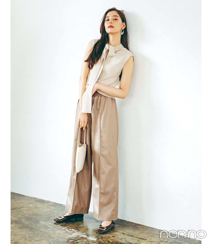 新木優子×新しいこと始まる秋服。「スカートもパンツもレザーが来るってウワサ!」_1_4