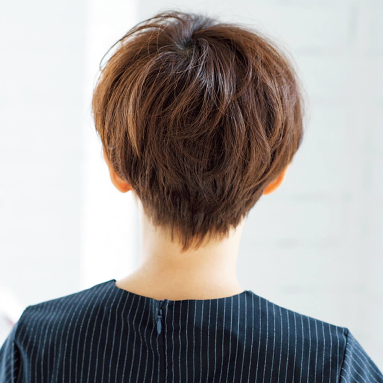 女っぷりが上がるショートヘア。ツーブロックでボリューム調整も【40代のショートヘア】_1_4