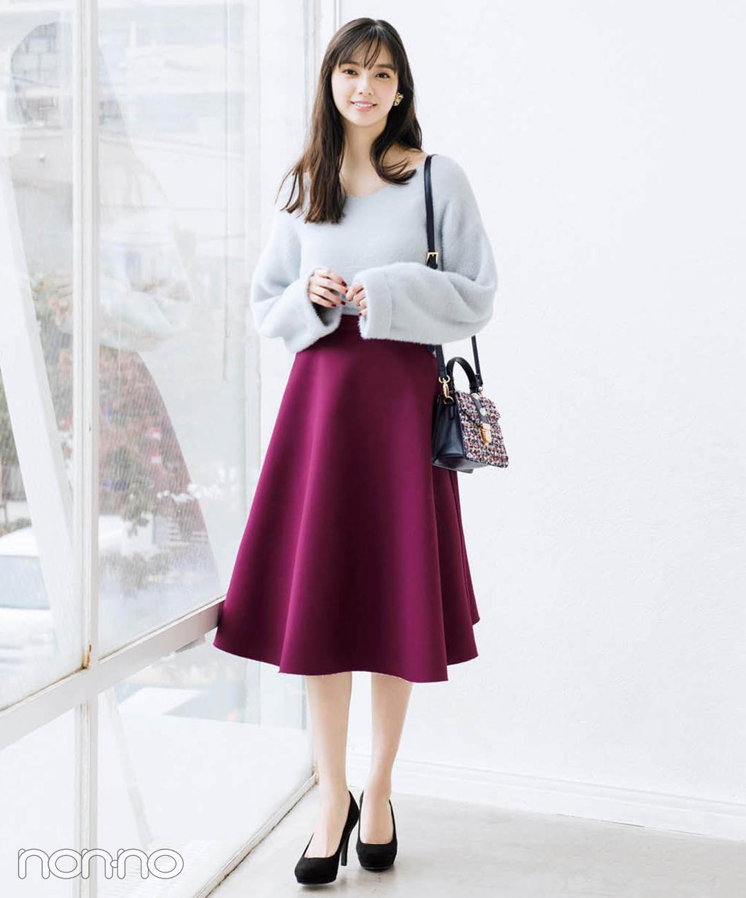 【フレアスカートコーデ5】ゆるニット×フレアスカート