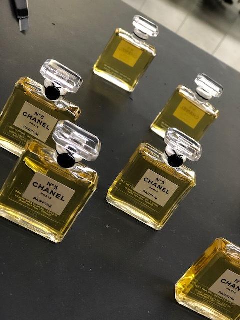 パリメゾンの職人技 CHANEL香水ボードリュシャージュ体験!!_1_2-1