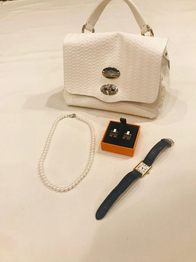 bag:ZANELLATO necklace:Tiffany & Co. earrings:HERMES watch:Cartier