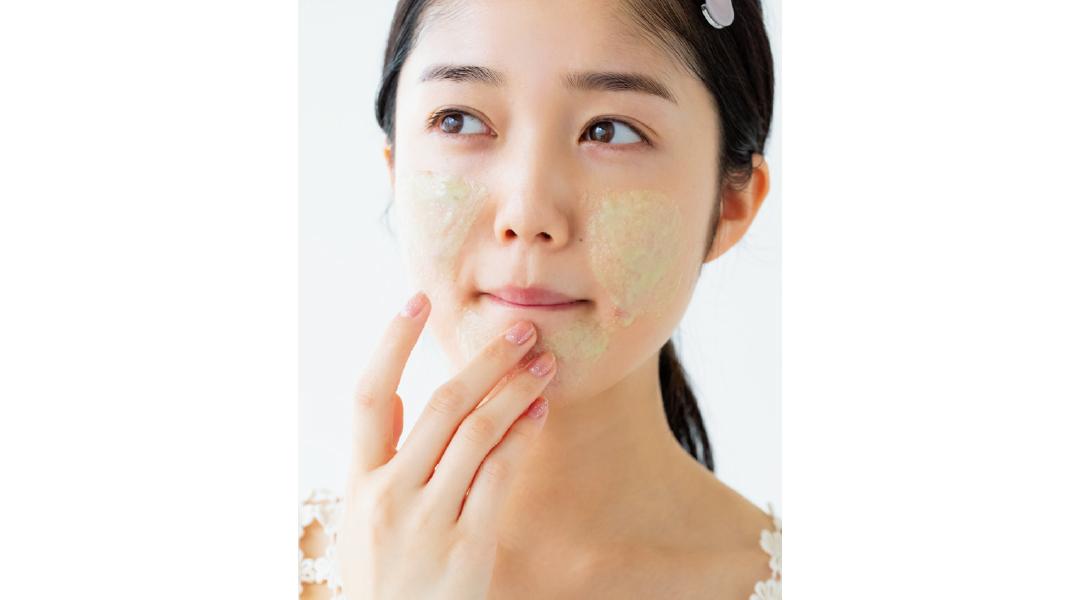【乾燥対策】美容家の石井美保さんがナビ! ザラザラ肌の正解スキンケア_1_5