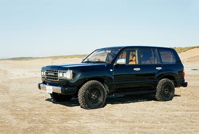 2001年製100系の車体を、60(ロクマル)仕様に作り変えた通称106モデル