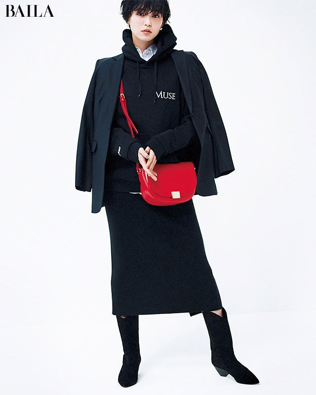 【ジャケット編】コートの下に着込んでも重たくならない黒コーデ