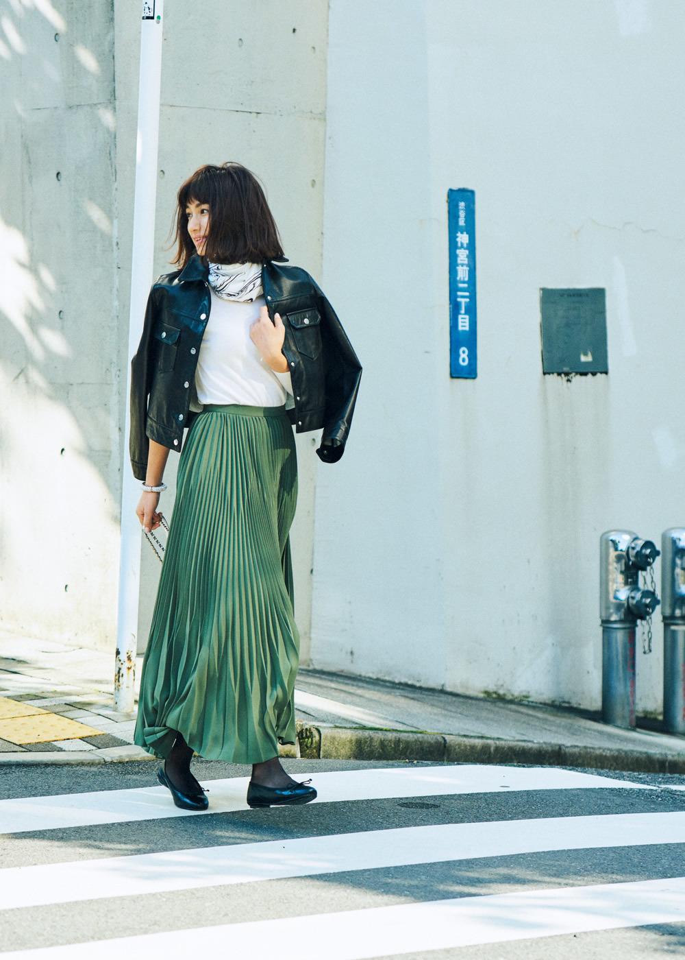 春まで使えるスカートは、「ゆれプリーツ」と「白スカート」!_1_1