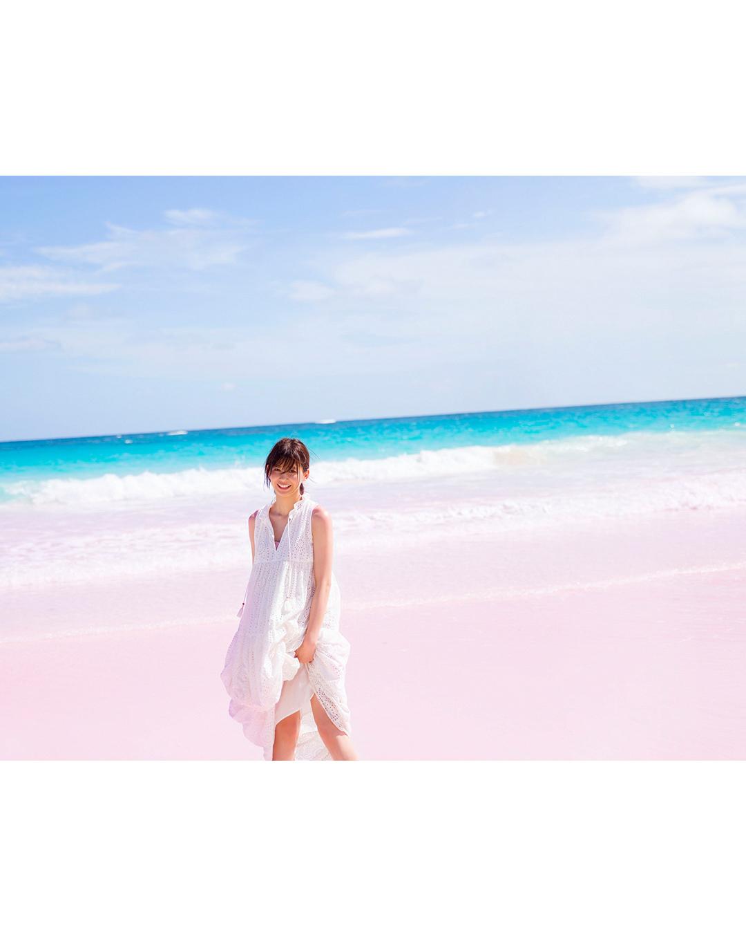 渡邉理佐1st写真集『無口』先行公開カットまとめ♡ _1_1-6