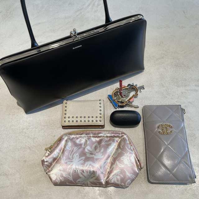 【40代が持つべき名品バッグ】カジュアルコーデに大人の品格を与えるラグジュアリーブランドのバッグの魅力|アラフォーファッション_1_15-2