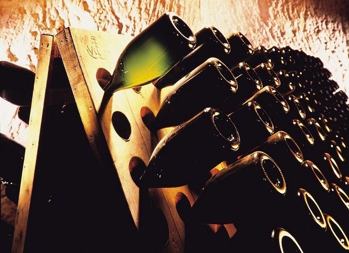 """""""偉大なる女性""""への贈りもの。草間彌生のアートが彩るシャンパーニュ【飲むんだったら、イケてるワイン/WEB特別篇】 _1_5"""