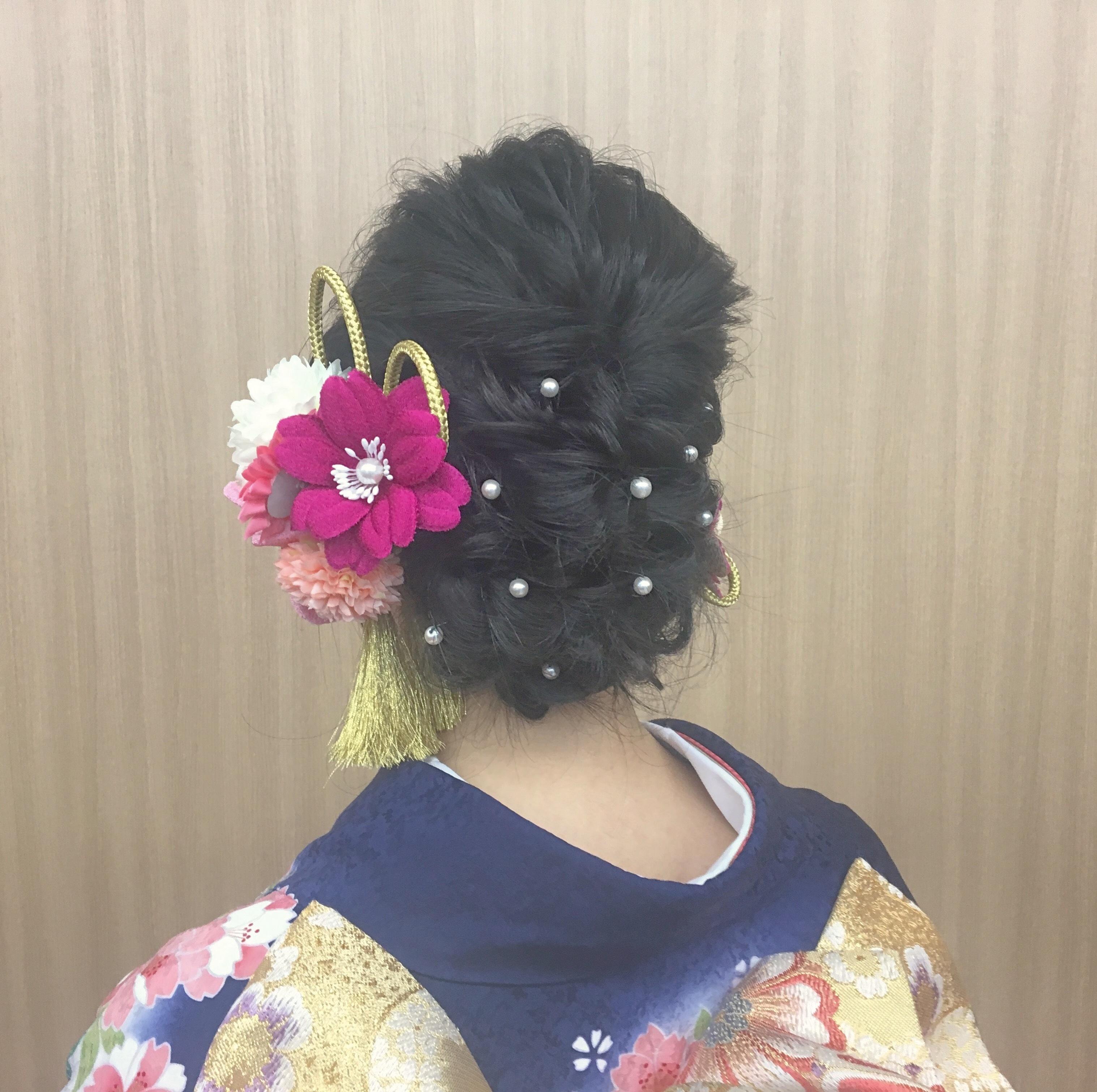 成人式や前撮りの参考にして欲しい!オススメの髪型やネイル紹介.*・゚_1_2