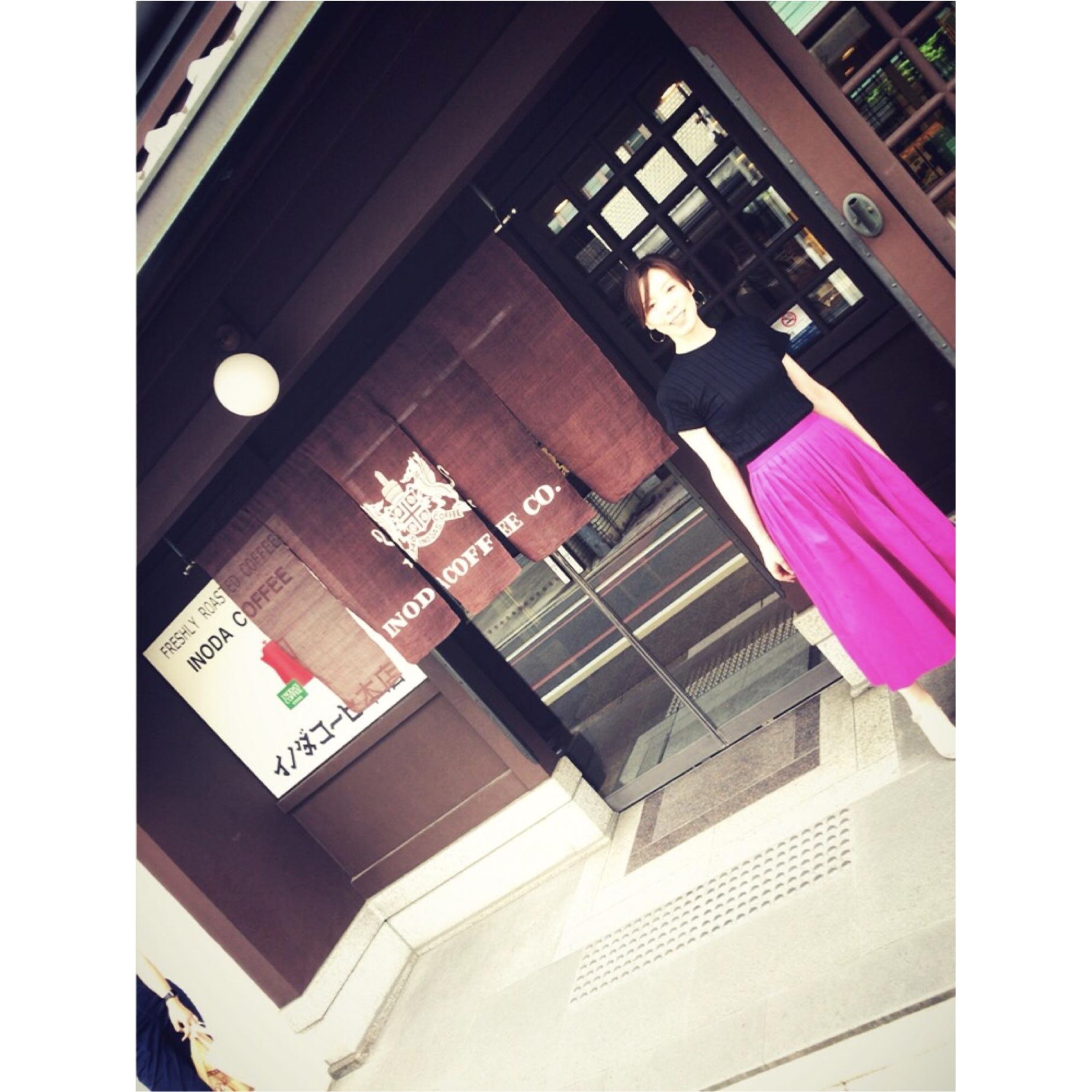 お盆休みのぶらり京都。ピンクのスカートで華やかさと元気をプラス!_1_1