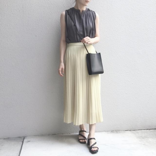 【ユニクロ】定価でも迷わず買った新色のプリーツスカート_1_5