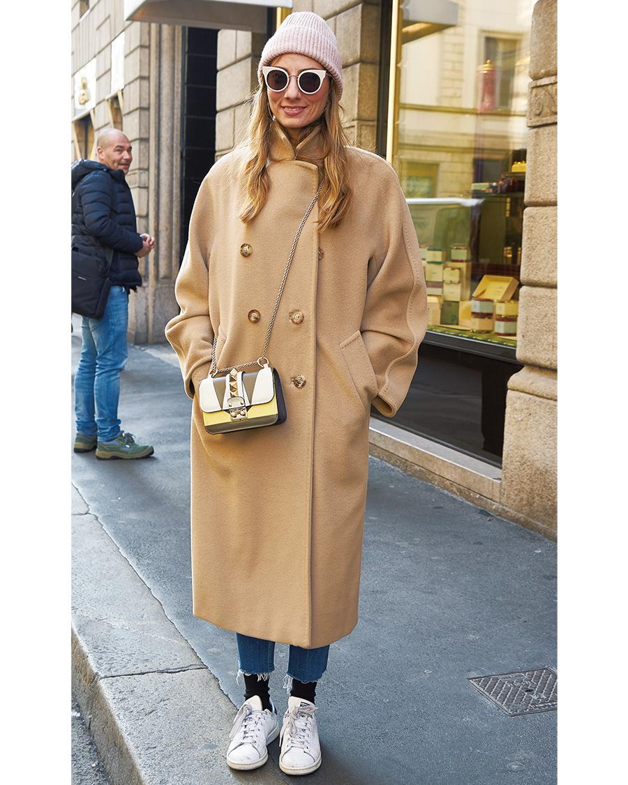 存在感のある 「ミニバッグ」を味方に【ファッションSNAP ミラノ・パリ編】_1_1-1