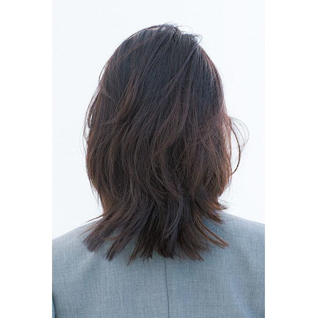 後ろから見た 人気ミディアムヘアスタイル5位の髪型