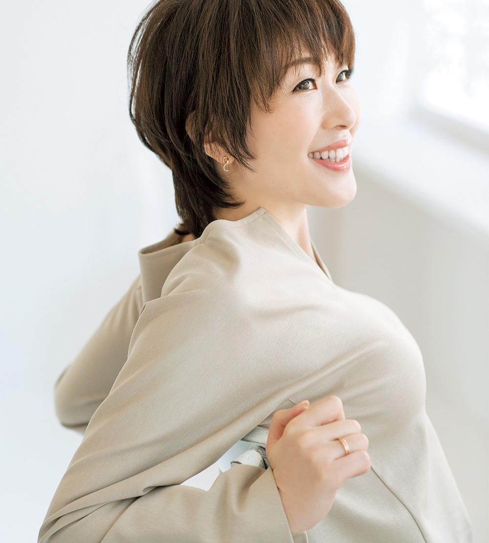 美容家・小林ひろ美流「オフィスでできる簡単シワケア」生活習慣でシワ改善_1_3-1