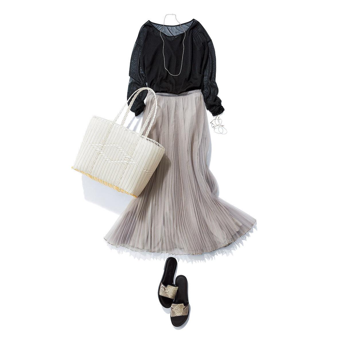 黒ブラウスとグレースカート