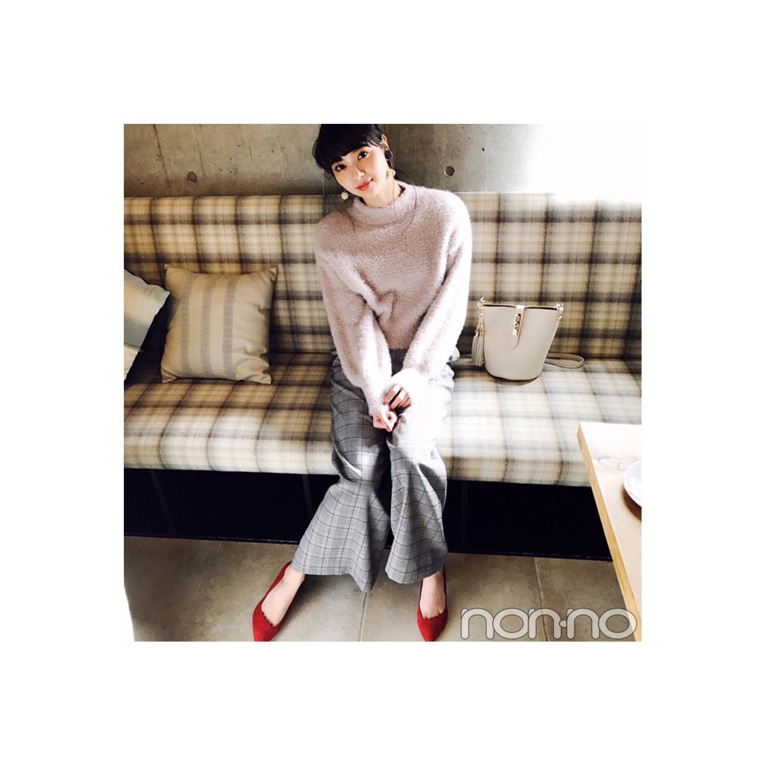 新川優愛はワイドパンツをピンクと赤で可愛げ盛り♡ 【毎日コーデ】_1_1