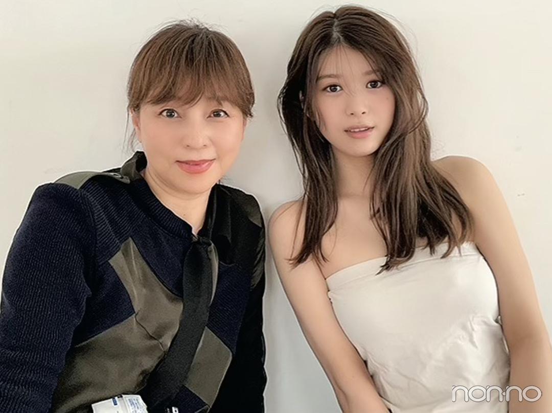 ヘア&メイクアップアーティスト 中野明海さんと馬場ふみかのツーショット