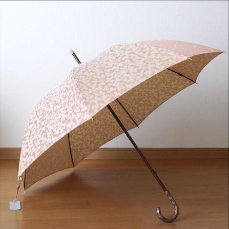 どんよりな梅雨空に映える雨傘へアップデート。_1_1-1